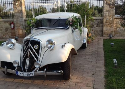 white wedding car for rental